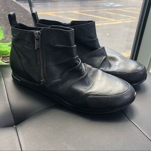 Y-3 buttery black leather ruched bootie Sz 7 (UK5)
